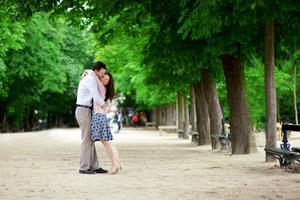 Gå till Luxembourgträdgården i Paris och få samma förälskade stämning som Cosette i klassikern Les Misérables.