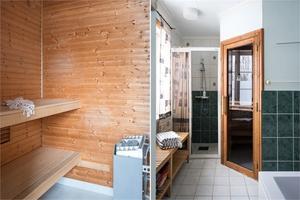 Bastu i ett av badrummen. Foto: Utsikten foto
