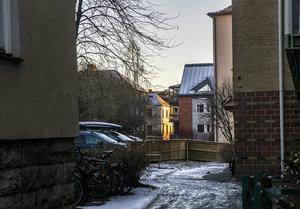 En blick från Tullgatan och in mot det som var brandens centrum 1884.
