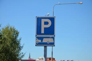 Det finns p-platser i Sundsvall som dessutom är gratis på helger och kvällar, enligt insändarskribenten.
