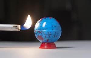 Det behövs en helt ny klimatpolitik, skriver Johan Ekström. Foto: TT