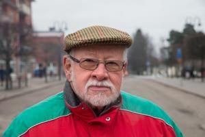 Hans Göthlin, 72, pensionär, Mölnbo: