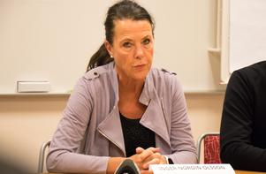 Fokuserad på uppgiften, men nu börjar tålamodet - och förtroendet - tryta. Inger Nordin Olsson, stabsledare och chefsläkare vid Region Örebro län, redogjorde för läget vid en presskonferens under onsdagen.