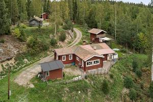 Denna gård med skogsbruk på Lumkullberget i Österby, Hedemora kommun, kom på åttonde plats. Foto: Areal Hedemora