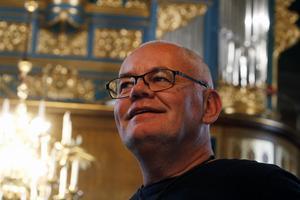 Erik B Tanzborn, präst i församlingen, är nöjd med renoveringen av kyrkan.