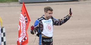 Rasmus Jensen är klar för ytterligare en säsong i Rospiggarna.