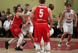 Max Sundberg (t v) var en av de tunga spelarna i Ockelbo Basket. Bild: BOSSE STARK