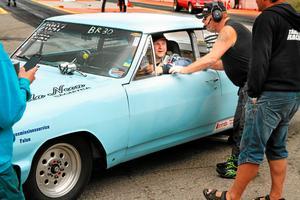 Föraren Mikael Nordlund från Borlänge dragracingklubb i sin Chevrolet chevelle.
