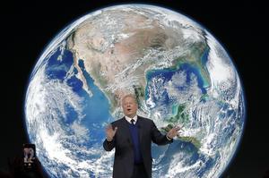 Al Gore, tidigare amerikansk vicepresident,  är en förgrundsfigur  i den globala klimatdebatten och poängterar att mänskligheten måste minska sina CO2-utsläpp. Men tänk om han har fel, skriver Per Edström. Foto: Markus Schreiber