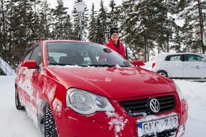 Även om bilarna lämnar en del i övrigt att önska så anser Gittan Andersson att allt går så länge man har en bra inställning.