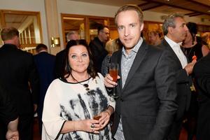 Pernilla Eurenius och Rikard Westergren från Rinkside var prisvärdar för Årets unga löfte.