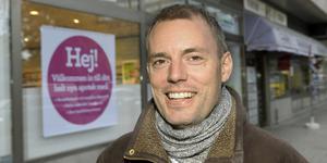 Nils Bergeå från Segersäng är journalist och författare. Foto: Stig Almqvist