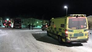Räddningstjänst, polis och ambulans kallades till platsen efter explosionen.