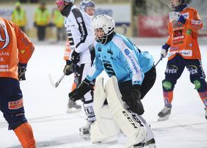 Anton Sandsjö fick chansen mellan stolparna mot Bollnäs.