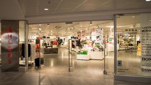 Åhléns väljer att satsa på butiken i Stenstan och stänger i Birsta.