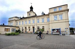 Nu kan du köpa stationshuset i Falun