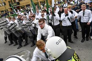 Nazistiska organisationen Nordiska motståndsrörelsen (NMR) demonstration i Kungälv på första maj 2019. Foto: Björn Larsson Rosvall / TT