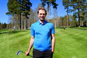 Nya klubbtränaren Kristoffer Toresson som fyllde 27 år på tisdagen, har själv varit medlem sedan han var fem år.