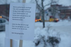 Enligt rallyarrangören har man på alla sätt och vis försökt nå ut med informationen om de avstängda parkeringarna.