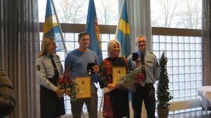 Christoffer Gabrielsen och Marina Holm fick diplom, blommor och medalj i silver.