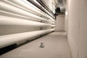 Den nya radonsensorn mäter radonet i en källare med snabba resultat.Bild: Christine Grafström
