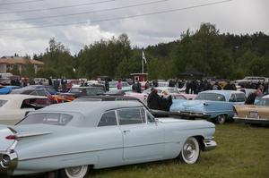Nu ska nostalgibilarna fram i Junsele. Säsongen rivstartas med en biloparad och nostalgibio.Foto: Marielle Mähler/arkiv