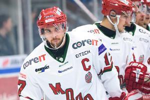 C:et som Magnus Häggström hade på bröstet under förra säsongen är borttaget. Bild: Fredrik Karlsson/Bildbyrån