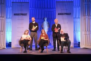 Fem av de nominerade i kategorin skönlitteratur. Foto: Sören Andersson