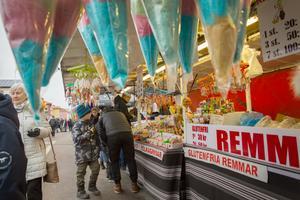 Sötsaker är en viktig vara på en marknad.
