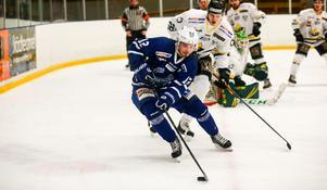 Anton Svensson gjorde fyra mål mot Kalix, men det räckte inte för poäng.