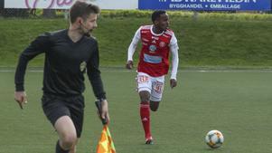Yannick Mukunzi är tillbaka i SIF efter avstängning.