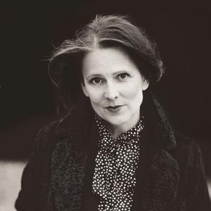 Helene Schmitz från Stockholm är årets Johan Ahlbäckpristagare.