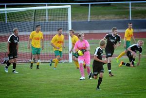 Ludvikas Benjamin Scheir höll liksom målvaktskollegan i Vansbro – Emil Magnusson – tätt i Veckans match.
