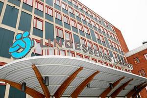 Efter det att förlossningsvården flyttats från Lindesbergs lasarett fick sjukhuset till att börja med ansvar för eftervården.