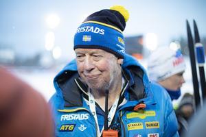 Wolfgang Pichler syns sällan utan en kamera i närheten oavsett om det är i spåret eller som här i den mixade zonen efter tävlingarna.
