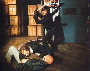 Kaos utbryter och samhället faller samman efter vetenskapligt övermod i David Cronenbergs film