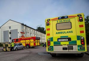 En trafikolycka inträffade på tisdagsmorgonen i Avesta. En person fick föras med ambulans till sjukhus. Foto: Niklas Hagman.