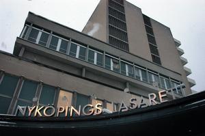 Jag är övertygad om att en del föräldrar i Nordostsektorn aktivt kommer att välja Norrtäljes förlossningsavdelning istället för att riskera att få åka till Västerås eller Nyköping, skriver Patrik Dahl. Foto: Anna Littorin, TT.