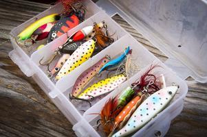 Olika drag för spinnfiske. Foto: Mikael Forslund