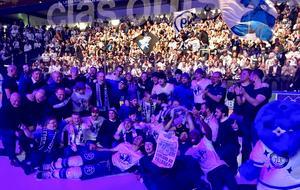 Leksand firade SHL-avancemanget med runt 2 000 fans i Tegera Arena till långt in på småtimmarna i natt.