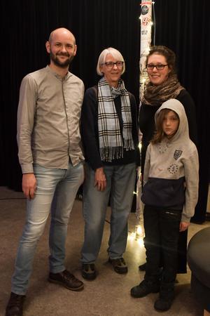 Anders Emtell, Britt-Marie Petrini, Elin Emtell Rubinsztein, Olof Emtell Rubinsztein. Bild: Luka Kjerrman