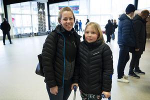 Viktoria Andersson hade fått biljetter genom jobbet och tog med sig Emilia Löfman.