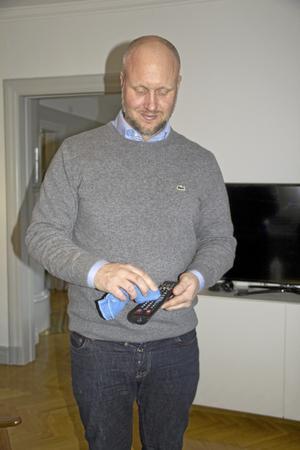 """""""Just det!"""" Stefan Karlsson hade inte tänkt så mycket på fjärrkontrollen som en smuts- och bakteriehärd."""