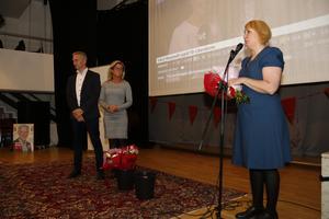 Elin Lundgren, Socialdemokraternas ordförande i Gävle, och kommunalråden Jörgen  Edsvik och Åsa Wiklund Lång kommenterade siffrorna på valvakan i Gävle.