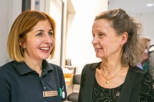 Zorica Corkovic till vänster och Berit Bodemyr är mycket nöjda med den tandakut de skapat tillsammans med andra inom Folktandvården.