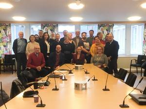 Under sammanträdet togs beslutet att föreslå en nedläggning av badhuset i Hudiksvall. Samtidigt avtackades även Nina Burchardt (S) som ordförande. Bild: Sven Bergström Trolin