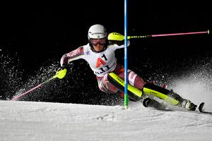 Anna Swenn Larsson sjua efter första åket.