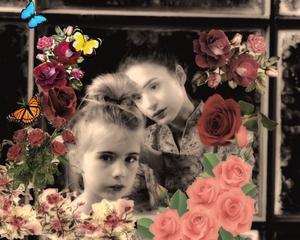 Ett av Pelle Seths fotografier på sin favoritduo Emma och Stella.