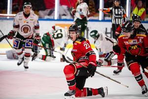 Jesper Sellgren avgjorde nyligen en SM-semifinal mot Frölunda och hans spel i Luleå den här säsongen har knappast gått obemärkt förbi Carolina Hurricanes, den NHL-klubb som han är draftad av. Bild: Simon Eliasson/Bildbyrån