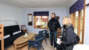 Nu kan fler personer besöka Limön, tycker Max Allemo från Limöns stugförening och Marie-Louise Andersen, informatör på Kultur & Fritid.